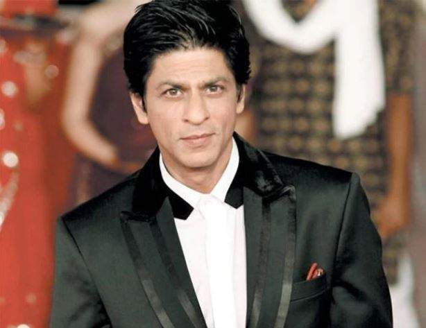 Shahrukh khan joins amitabh bachchan and taapsee pannu in badla | अमिताभ बच्चन-तापसी पन्नू स्टारर सिनेमात शाहरुख खानची एंट्री!
