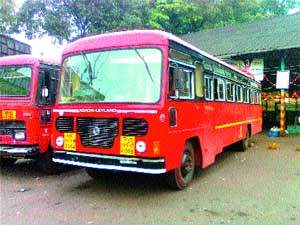 8 buses of ST Corporation for Raksha Bandhan | रक्षाबंधनासाठी एसटी महामंडळाच्या १५० बसेस