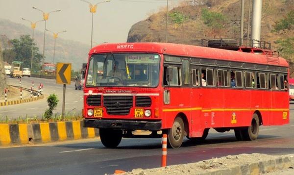 Demand for the reinstatement of Sangamner Bus via Pimpri | ॅपिंपळगाव- संगमनेर बस पांगरीमार्गे पूर्ववत करण्याची मागणी