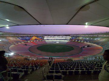 Take a first look at the world's largest Motera Stadium ... | जगातील सर्वात मोठ्या MoteraStadiumचा पाहा फर्स्ट लूक...