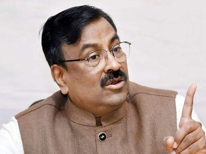 with nation we should also make our party aatm nirbhar says bjp leader sudhir mungantiwar | आत्मनिर्भर भारतासोबत पक्षही आत्मनिर्भर करावा लागेल; मुनगंटीवारांचं सूचक विधान