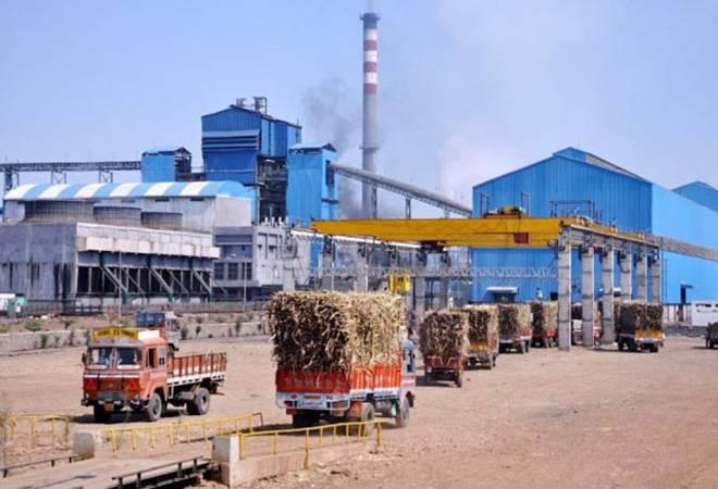 Sugarcane is not forecast due to the dry season in the state | ऊसक्षेत्राचा अंदाज नसल्याने राज्यातील गाळप हंगाम स्लो