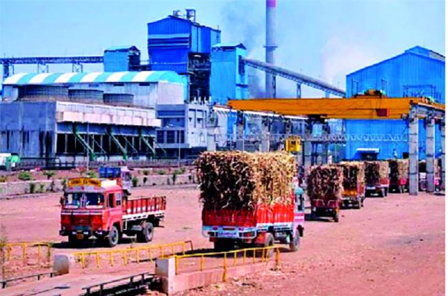 Metric tonnage on one crore of sugar factories in Solapur district | सोलापूर जिल्ह्यातील साखर कारखान्यांचे एक कोटीवर मेट्रिक टन गाळप
