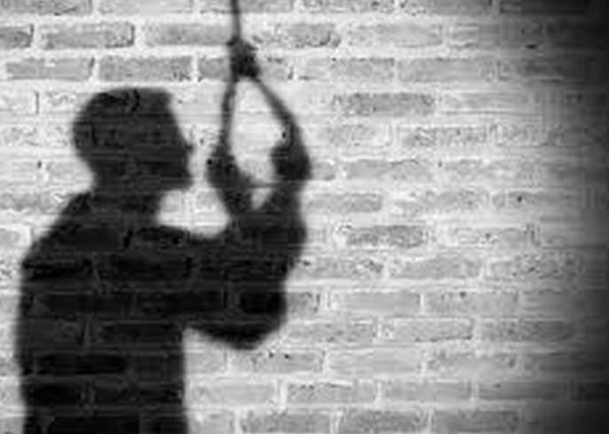 Trader suicide after being harrashed by a Money lender | सावकारांच्या जाचाला कंटाळून आडत व्यापाऱ्याची आत्महत्या