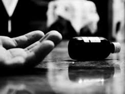 Sanjay Shinde's defeat in the farm; Young man tried suicide | माढ्यात संजय शिंदेंचा पराभव; तरूणाने केला आत्महत्येचा प्रयत्न