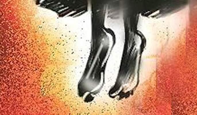 Chandwad's debtor farmer suicides   चांदवडला कर्जबाजारी शेतकऱ्याची आत्महत्या