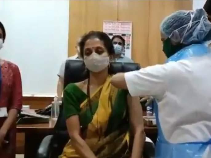 ... So Supriya Sule took the corona vaccine even though she was less than 60 years old | Video : ... म्हणून 60 पेक्षा कमी वय असतानाही सुप्रिया सुळेंनी घेतली कोरोनाची लस