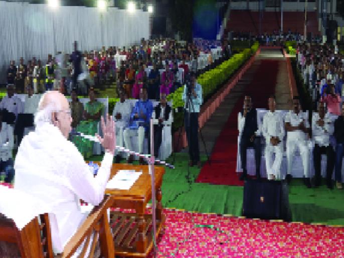 Nehru's considerable contribution to the foundation of modern India: Suresh Dwadashiwar | आधुनिक भारताच्या पायाभरणीत नेहरुंचा सिंहाचा वाटा : सुरेश द्वादशीवार