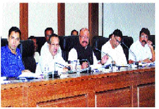 Committee to divert Krishna water to drought | कृष्णेचे पाणी दुष्काळी भागाकडे वळविण्यासाठी समिती -: सुरेश खाडे