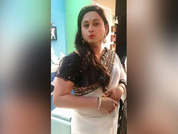 Can You Guess This Actor who wore saree? Is It New Role Or Something Else?   स्त्री वेशातील हा अभिनेता ओळखा पाहू? नव्या भूमिकेचा लूक की आणखी काही?