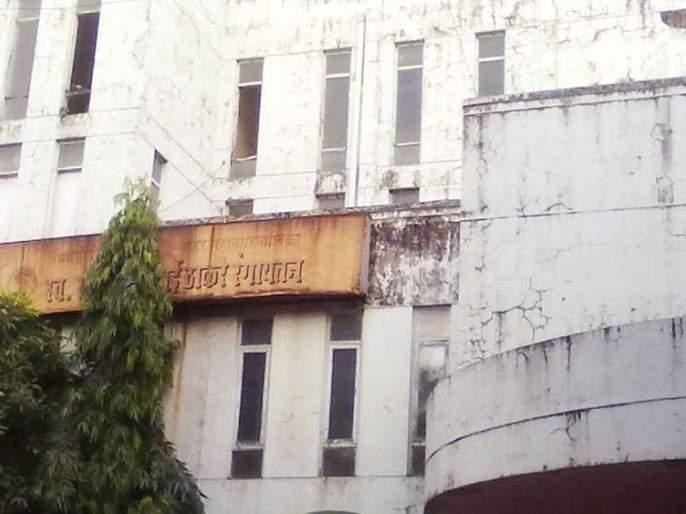 Funding for Thackeray theater; Order to Principal Secretary to Municipal Ministries | ठाकरे नाट्यगृहासाठी निधी मंजूर; नगरविकासमंत्र्यांचे प्रधान सचिवांना आदेश