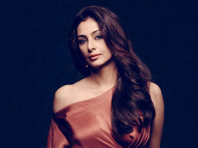 salman khan film bharat trailer but tabu not appears know real reason | 'भारत'च्या ट्रेलरमध्ये का दिसली नाही तब्बू? जाणून घ्या कारण