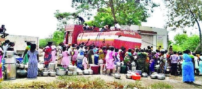 Due to rising drought, severe water shortage in Sangli district | दुष्काळाची दाहकता वाढली- सांगली जिल्ह्यात तीव्र पाणीटंचाई