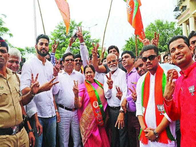Maharashtra Election 2019: The fort of Belapur was maintained by the Manda Mhatre | बेलापूरचा गड मंदा म्हात्रेंनी राखला