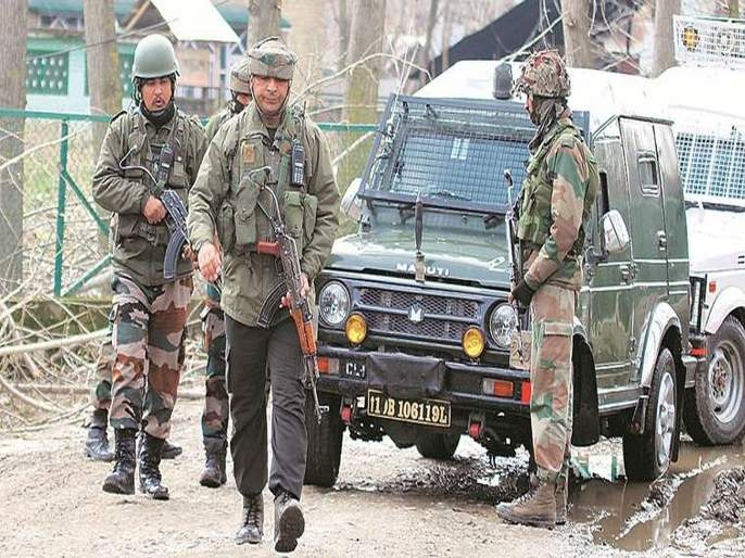 terrorists and a minor boy killed in encounter in bandipora jammu and kashmir   आई-वडिलांच्या आर्त विनवणीनंतरही दहशतवाद्यांनी मुलाला ठार केलं