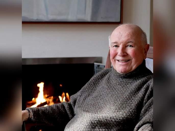 Coronavirus: Playwright Terrence McNally dies aged 81 of coronavirus complications Tjl | Coronavirus: कॅन्सरवर केली मात पण कोरोनाने केला घात, हॉलिवूड कलाकार टैरेंस मैकनलींचे निधन