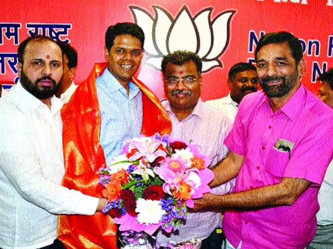 challenge to Niranjan Davkhare increase BJP's position in Thane | ठाण्यात भाजपची कमान चढती ठेवण्याचे निरंजन डावखरेंपुढे आव्हान