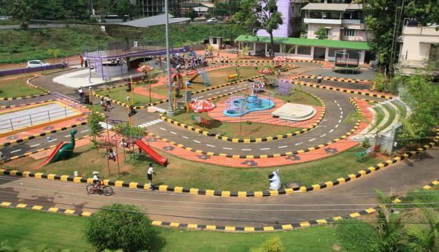 Start Traffic Children Park: Guardian Minister's Directive | ट्रॅफिक चिल्ड्रेन पार्क सुरू करा :पालकमंत्र्यांचे निर्देश