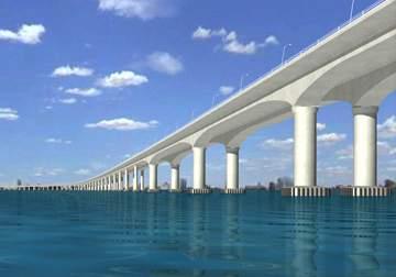 114 pole-foot work done for 'Trans Harbor Link' | 'ट्रान्स हार्बर लिंक'साठी ११४ खांबांच्या पायाचे काम पूर्ण