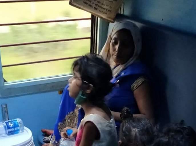 The labor train carrying 1800 passengers to Gorakhpur derailed and reached Odisha   गोरखपूरला 1800प्रवाशांनाघेऊन निघालेली श्रमिक ट्रेन भरकटली, ओडिशालाच पोहोचली