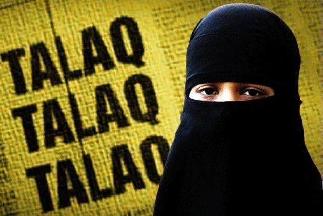 Three talaq case in Nagpur | नागपुरात तीन तलाक दिल्यामुळे गुन्हा दाखल
