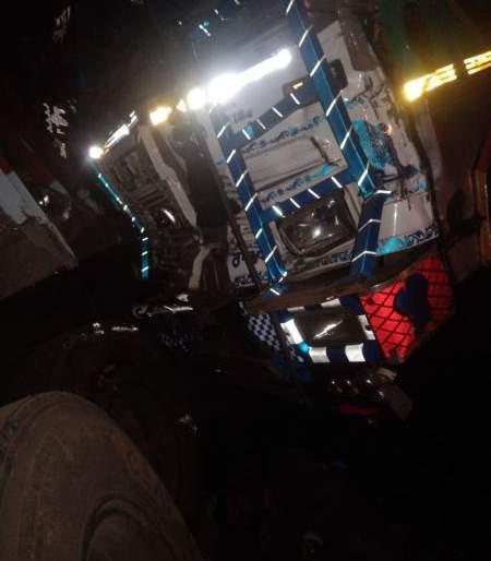 The collision of two trucks, the death of two | दोन ट्रकची धडक, दोघांचा मृत्यू