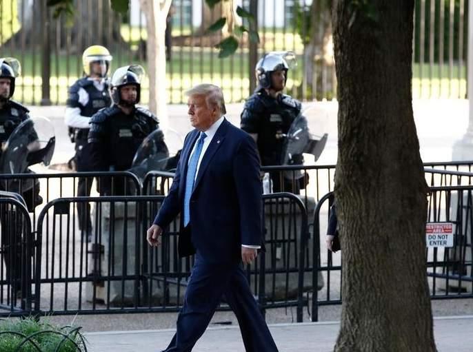 Trump vows to deploy US military to quell protests rkp   अमेरिकेत दंगली रोखण्यासाठी लष्कराला पाचारण करणार, ४००० नागरिकांना अटक
