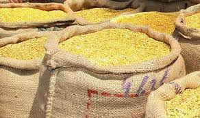 Due to famine during the famine - the merchants used the merchandise | दुष्काळात डाळींचे भाव कडाडले -: व्यापारीच मालामाल