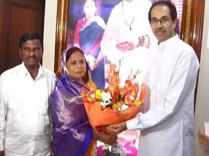 independent MLA Manjula Gavit support to Shiv Sena | अजून एक अपक्ष आमदार शिवसेनेच्या गोटात, मंजुळा गावित यांनी दिला पाठिंबा