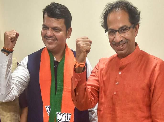 cm devendra fadnavis preparing shiv senas candidate list says uddhav Thackeray | मुख्यमंत्रीच तयार करताहेत शिवसेनेची यादी; उद्धव ठाकरेंच्या दाव्याने भुवया उंचावल्या