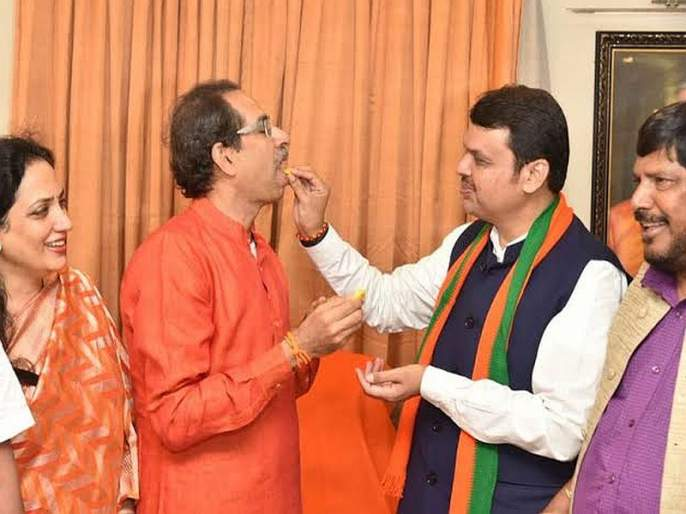 Chief Minister to BJP; Half of the Ministers to the Shiv Sena in maharashtra government | मुख्यमंत्रिपद भाजपकडेच,शिवसेनेला निम्मी मंत्रिपदे; सत्ता स्थापनेचा तिढा सुटणार