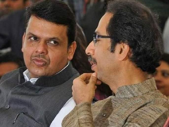 Shiv Sena 'small critics' on CM devendra fadanvis after criticism on sharad pawar   पवारांवरील टीकेनंतर मुख्यमंत्र्यांना शिवसेनेचा 'बारीक चिमटा'