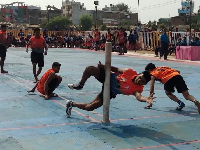 National championship Kho-kho: Maharashtra won double crown | राष्ट्रीय अजिंक्यपद खो-खो : महाराष्ट्राला दुहेरी मुकुट