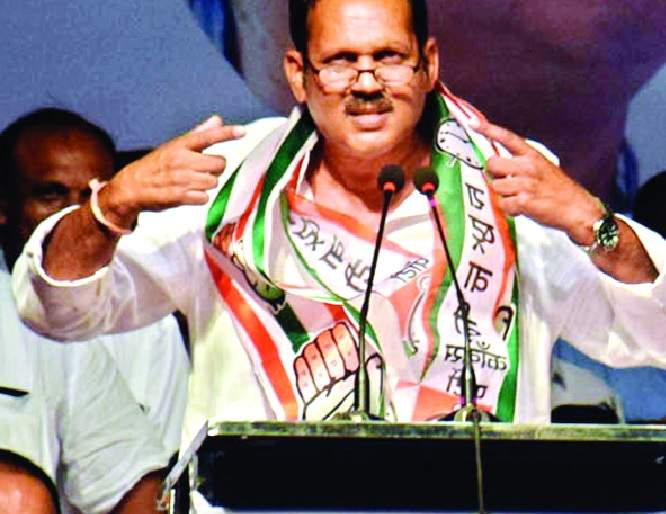 Preparing for Udayan Raje's entry into Delhi ... | दिल्लीत उदयनराजेंच्या प्रवेशाची तयारी...: मुख्यमंत्र्यांकडून तारखेची प्रतीक्षा