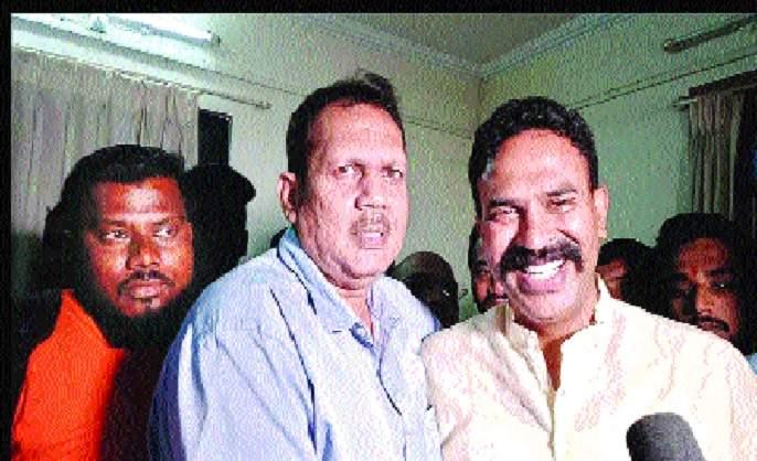 Ranjit Singh is happy to be elected: Udayan Raje Bhosale   रणजितसिंह निवडून आल्याचा आनंदच वाटतो : उदयनराजे भोसले