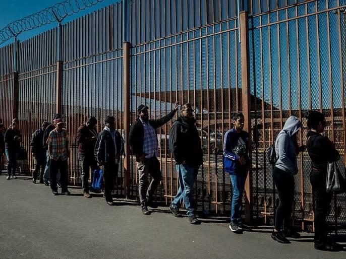 Mexico Deports 311 Indians Trying To Sneak Into Us Deportees May Have Paid 25 30 Lakh Each To Agents | अमेरिकेत अवैधरित्या जाणाऱ्या 311 भारतीयांची पुन्हा मायदेशी रवानगी