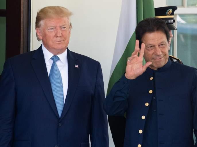 Imran Khan's telephonic conservation with Donald Trump on Kashmir Issue   काश्मीर प्रश्नावर जगात पाकिस्तान एकाकी पडलं; इम्रान खानची ट्रम्प यांच्याकडे याचना