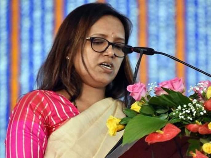 Government announces shutting down of Maharashtra International Education Board | आंतरराष्ट्रीय शिक्षण मंडळाला कुलूप;शिक्षणमंत्र्यांची घोषणा