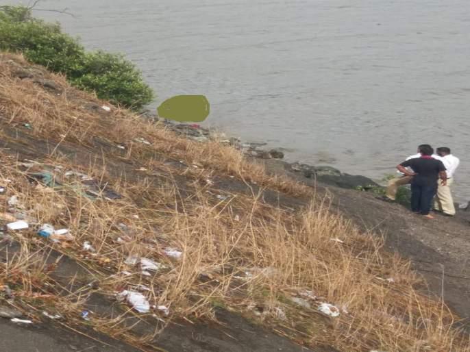 youth body found in Vashi creek | वाशी खाडीत आढळला तरुणाचा मृतदेह