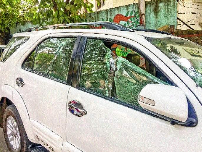 Disruption of vehicles in Bibweedwadi, dispute between two groups | बिबवेवाडीत वाहनांची तोडफोड , दोन गटांत वाद