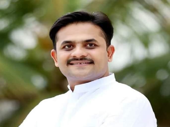 Vikrant Gojamgunde of Congress elected as mayor of Latur, two BJP corporators rebels | सत्ताबदलाचा भाजपला दणका; बहुमत असतानाही लातूरमध्येकॉंग्रेसचा महापौर