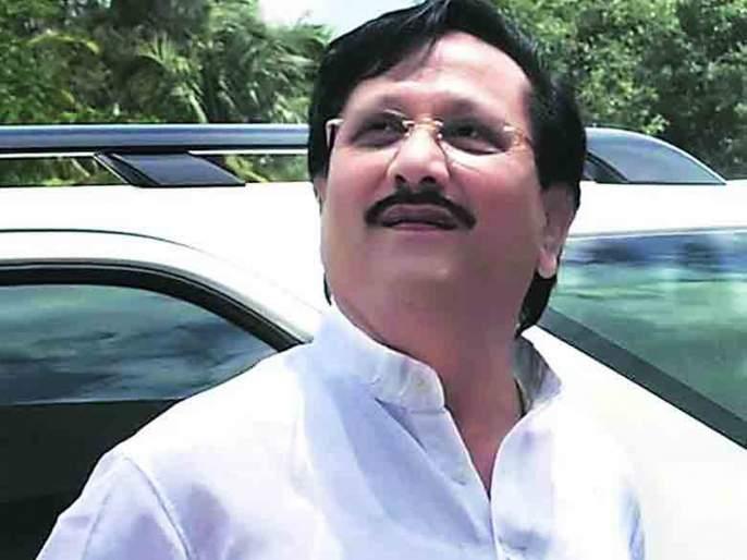 Three MPs of NCP get ticket; Vijaysingh Mohite-Patil's angry feelings of supporters | राष्ट्रवादीच्या तीन खासदारांना तिकीट;विजयसिंह मोहिते-पाटील समर्थकांच्या संतप्त भावना