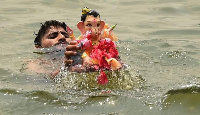 Ganeshotsav: A corporator, an artificial lake | गणेशोत्सव : एक नगरसेवक, एक कृत्रिम तलाव