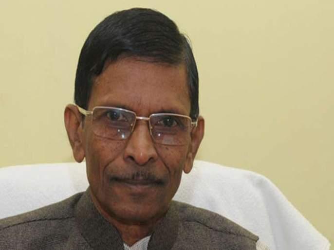 Due to illness, Vishnu Savra was dropped from the cabinet | आजारपणामुळे विष्णू सवरा यांना मंत्रीमंडळातून वगळले