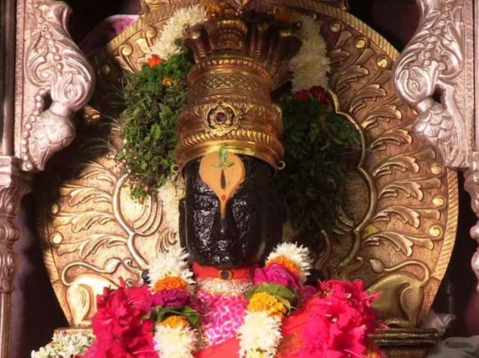 The new builder risks the temple of Vitthal | नव्या बांधकामाने विठ्ठल मंदिराला धोका
