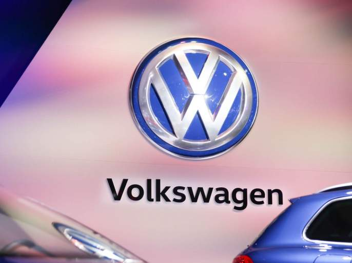 April fool message; Volkswagen to be renamed as Voltswagen! company will be in trouble   Volkswagen चे नाव बदलणार! कंपनीने जाहीरही केले, पण... एप्रिल फूल अंगलट येण्याची शक्यता