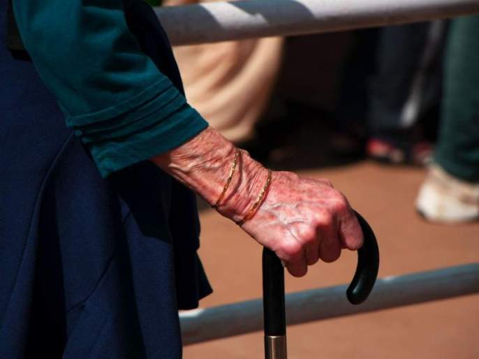 Concerns of senior citizens also increased! | ज्येष्ठ नागरिकांची काळजी अन् घुसमटही वाढली!
