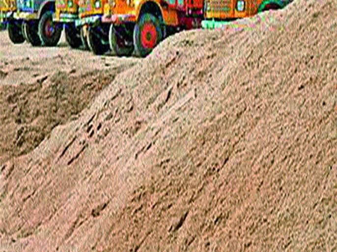 Acne dumper fined two crore three lakh for transporting acne in Jalgaon | जळगावात मुरुमाची अवैध वाहतूक करणाऱ्या दोन डंपरला एक कोटी तीन लाखाचा दंड