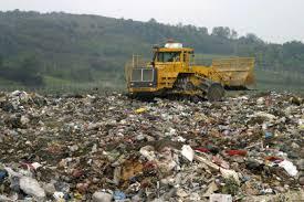 Billions of funds for solid waste projects; but not started   घनकचऱ्याच्या प्रकल्पांसाठी कोट्यवधींचा निधी;प्रक्रिया ठप्प