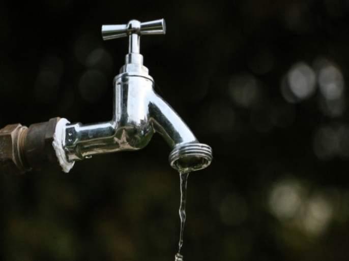 Action against water stolen person by pune corporation | पाऊस लांबल्याने महापालिकेकडून पाणी चोरी करणाऱ्यांवर कारवाई